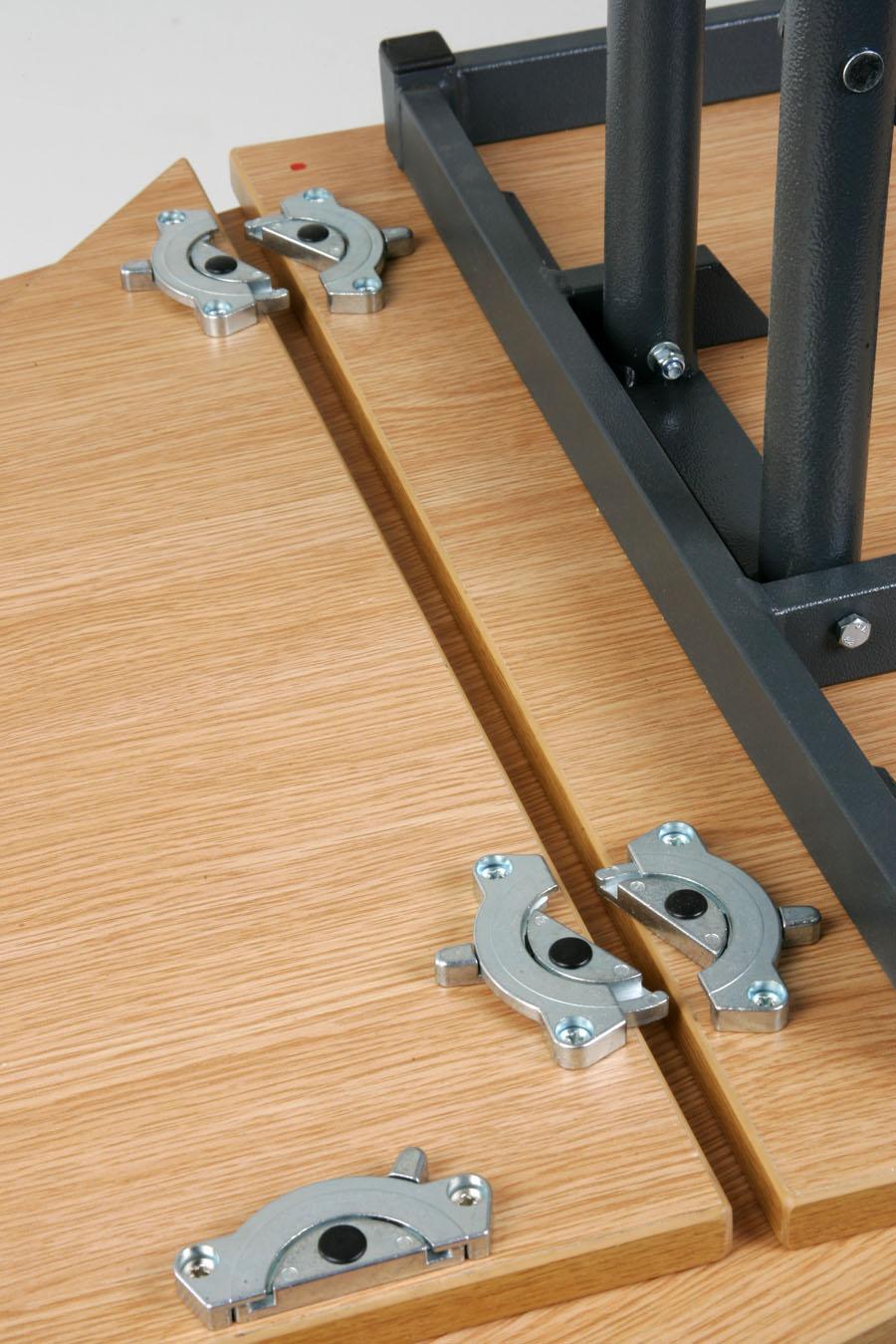 Executive Folding Table Link Mechanism